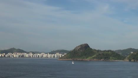 A-beach-front-city-across-Guanabara-Bay-from-Rio-de-Janeiro