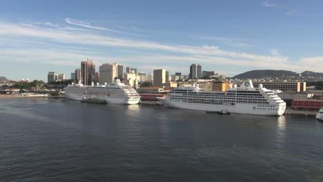Rio-cruise-ship-docks-and-skyline-editorial-s