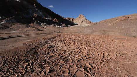 Atacama-Valle-de-la-Luna-with-mud
