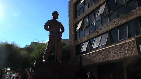 Chile-Calama-statue-miner-silhouetted-5