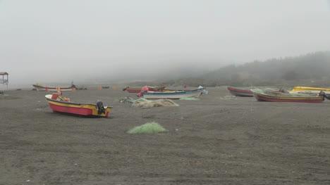 Chile-Bacalemu-boats-on-sand