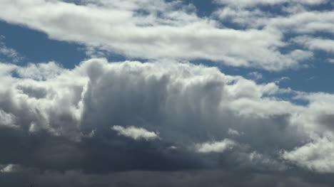 Patagonia-barrel-shaped-cloud