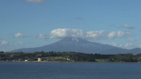 Calbuco-Volcano-Puerto-Montt-view-s