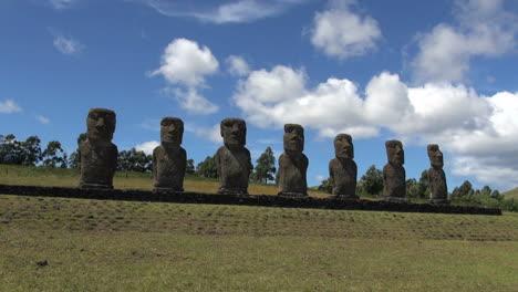 Easter-Island-Ahu-Akivi-digaonal-base-16b