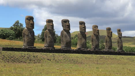 Easter-Island-Ahu-Akivi-seven-moai-on-patterned-base-15c