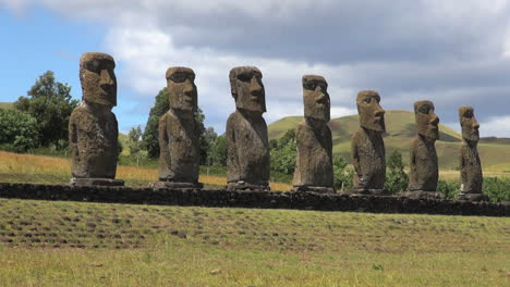Easter-Island-Ahu-Akivi-moai-row-across-grass-zoom-in-15b