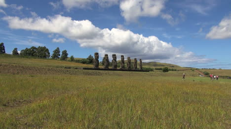 Easter-Island-Ahu-Akivi-moai-row-zoom-out-15a