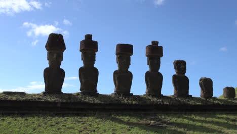 Easter-Island-Anakena-Ahu-Nau-Nau-various-hats-silhouette-4b