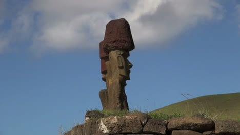 Easter-Island-Anakena-Ahu-Nau-Nau-profile-pointy-features-6