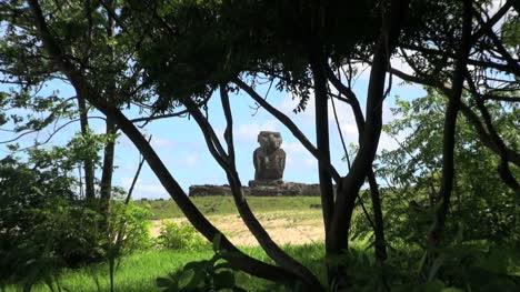 Easter-Island-Anakena-Ahu-Ature-Huke-zoom-through-tree-8a
