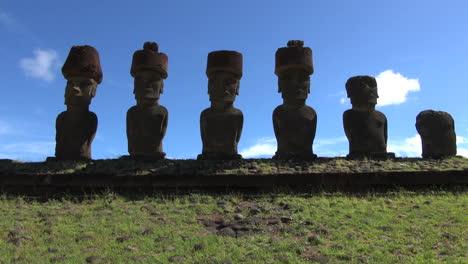 Easter-Island-Anakena-Nau-Nau-silhouette-six-moai-21