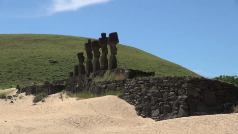 Easter-Island-Anakena-Nau-Nau-moai-profile-against-hill-and-sky-24