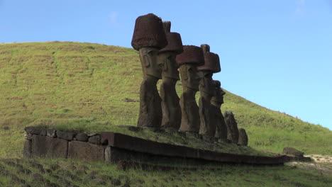 Rapa-Nui-Anakena-row-of-moai-afternoon-s5