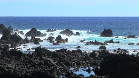 Easter-Island-reflective-blue-pool-at-lava-coast-1e