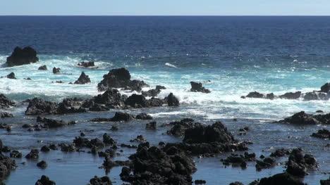 Isla-De-Pascua-Lava-Y-Piscinas-Azules-3a