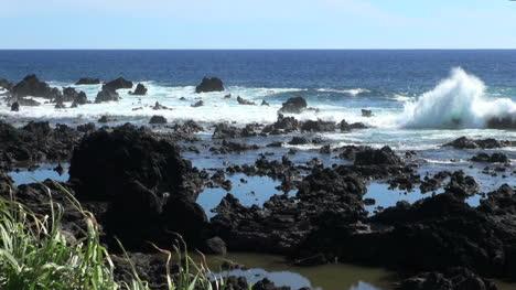 Isla-De-Pascua-Lava-Alrededor-De-Las-Piscinas-4b