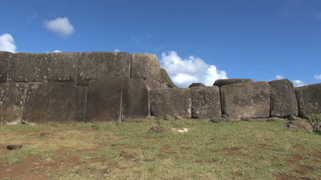 Easter-Island-Vinapu-fitted-huge-stone-wall-3