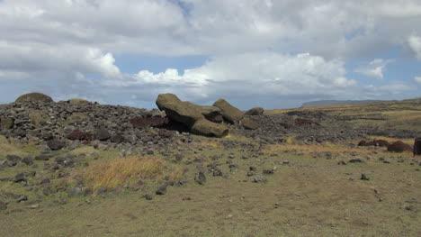 Easter-Island-Akahanga-toppled-moai-zoom-2