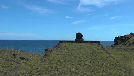 Plataforma-De-La-Isla-De-Pascua-Cerca-De-Hanga-Kio&#39-e-2