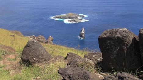 Easter-Island-Orongo-Motu-Kao-Kao-framed-by-boulders-1a