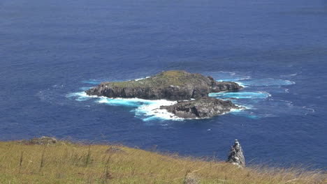 Easter-Island-Orongo-bird-islands-from-Orongo-4b
