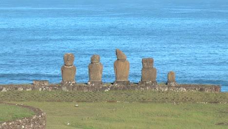 Easter-Island-Ahu-Vai-Ure-circular-wall-zoom-in-2