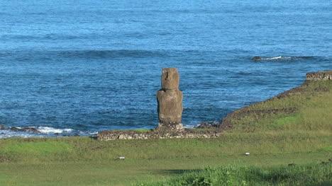 Easter-Island-Tahai-complex-all-three-ahu-zoom-2a