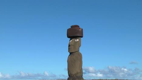 Easter-Island-Ahu-Ko-Te-Riku-moai-zoom-on-eyes-top-hat-7b