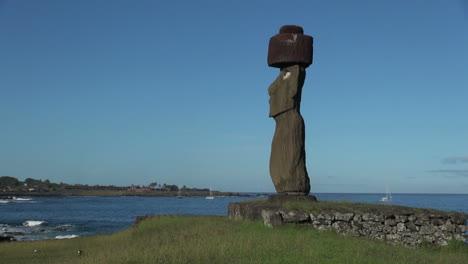Easter-Island-Ahu-Ko-Te-Riku-moai-platform-and-cove-10c