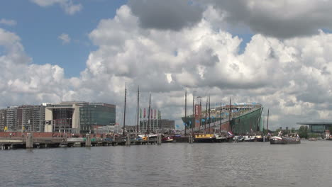 Netherlands-Amsterdam-buildings-and-museum-across-canal