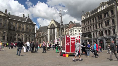 Netherlands-Amsterdam-dam-square-red-sign-and-nieuwe-kerk