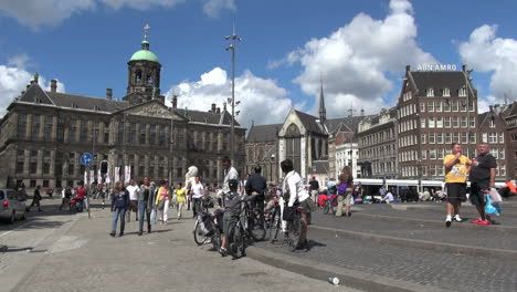 Netherlands-Amsterdam-dam-square-walking-bikes-on-steps