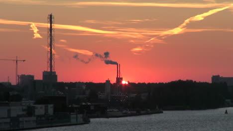 Amsterdam-dawn-sun-appears