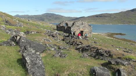 Greenland-Hvalsey-Nordic-church-ruin-&-people-5