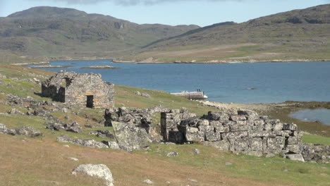 Greenland-Hvalsey-Nordic-church-ruin-zoom-in