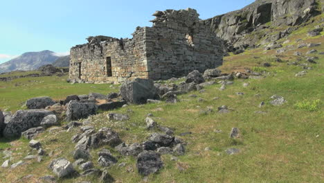 Greenland-Hvalsey-Norse-church-ruin-with-stones