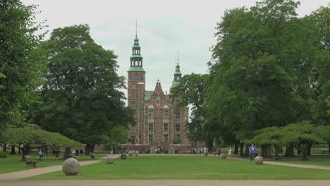 Copenhagen-Rosenborg-castle-s