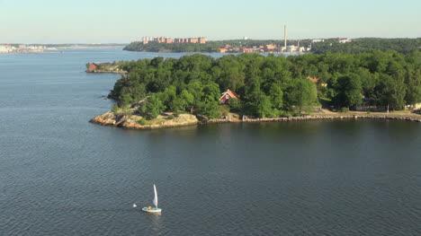 Sweden-Stockholm-Archipelago-with-sailboat-s