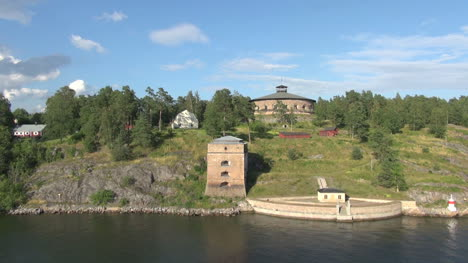 Sweden-Stockholm-Archipelago-with-fortifications