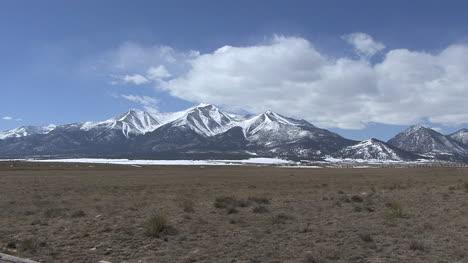 Colorado-Sawatch-Range-view-with-cloud