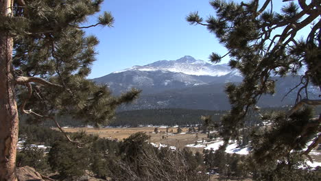 Colorado-Rocky-Mountain-NP-view