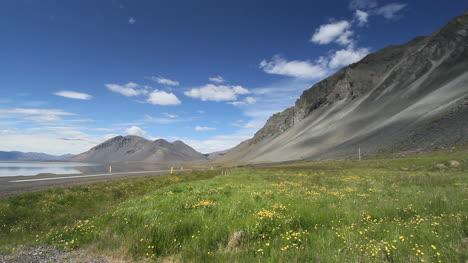Iceland-east-coast-mountains-2