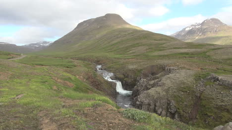 Iceland-waterfall-en-route-to-Mjoifjordur-fjord