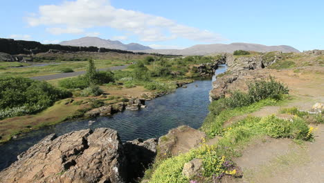 Iceland-Pingvellir-rift-with-water-and-duck-04