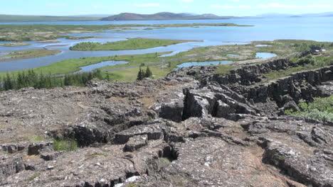 Iceland-Pingvellir-lake-view-2