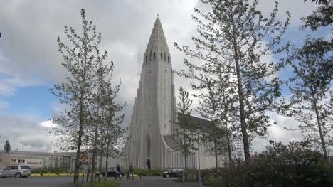 Iceland-Reykjavik-cathedral-4