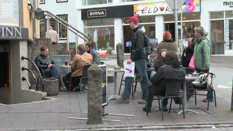 Iceland-Reykjavik-street-corner-2