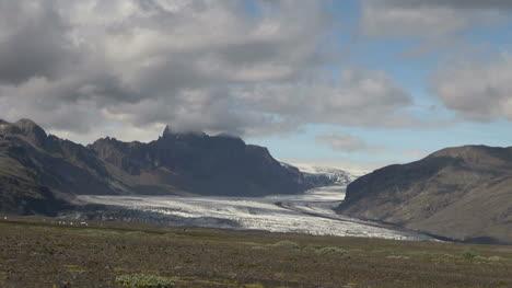 Iceland-Skeftafell-National-Park-glaciers