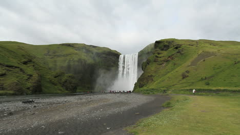 Iceland-Skogafoss-waterfall-over-cliffs
