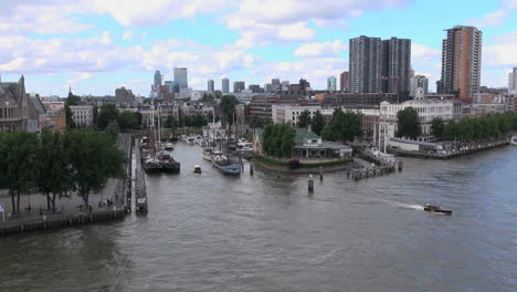 Netherlands-Rotterdam-boats-in-canal-notch-in-river